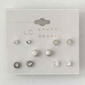 NEW LISTING Lauren Conrad Earring Pack